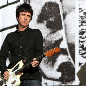 Johnny Marr gives us 'The Right Thing Right'